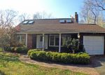 Foreclosed Home in Southampton 11968 GLENVIEW DR - Property ID: 3121728587