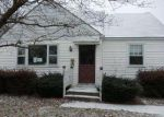 Foreclosed Home in Brookhaven 19015 CHARLES AVE - Property ID: 3128103290