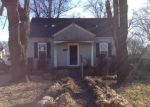 Foreclosed Home in Bardstown 40004 JOHNSON ST - Property ID: 3145657291