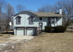 Foreclosed Home in Belton 64012 TERRY AVE - Property ID: 3145944156