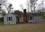 Foreclosed Home in Richlands 28574 HUFFMANTOWN RD - Property ID: 3146231477