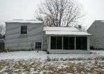 Foreclosed Home in Canton 44706 PICCADILLY ST SW - Property ID: 3146466225