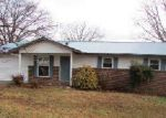 Foreclosed Home in Maryville 37801 DAYBREAK DR - Property ID: 3146845516