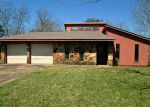 Foreclosed Home in Lake Jackson 77566 MARIGOLD ST - Property ID: 3147084202