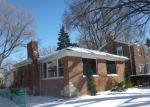 Foreclosed Home in Chicago 60617 S ESSEX AVE - Property ID: 3148649529
