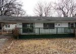 Foreclosed Home in Evansville 47714 RIDGEWAY AVE - Property ID: 3149538174