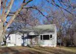 Foreclosed Home in Topeka 66606 NW GROVE AVE - Property ID: 3149737902