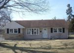 Foreclosed Home in Louisville 40272 CORNFLOWER RD - Property ID: 3149813668