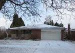 Foreclosed Home in Livonia 48154 BLUE SKIES ST - Property ID: 3150427261