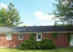 Foreclosed Home in Elizabethtown 42701 BARDSTOWN RD - Property ID: 3151975506