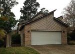 Foreclosed Home in Humble 77346 NEHOC LN - Property ID: 3153645948