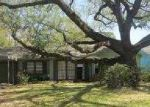 Foreclosed Home in Beaumont 77706 PEYTON DR - Property ID: 3156998181
