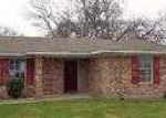 Foreclosed Home in Lott 76656 E WILLOW - Property ID: 3157026660