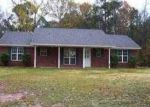 Foreclosed Home in Diana 75640 SIMMONS RD - Property ID: 3157087537