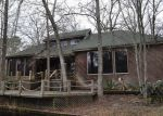 Foreclosed Home in Lufkin 75901 SPRING LAKE DR - Property ID: 3157109433
