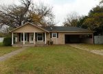 Foreclosed Home in Meridian 76665 N MAIN - Property ID: 3157140538