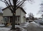 Foreclosed Home in Green Bay 54301 STUART ST - Property ID: 3157794423
