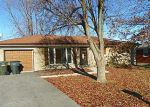 Foreclosed Home in New Albany 47150 REDWOOD DR - Property ID: 3158396195