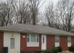 Foreclosed Home in New Albany 47150 LINDA DR - Property ID: 3158397515
