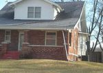 Foreclosed Home in Moberly 65270 COUNTY ROAD 2350 - Property ID: 3158646728