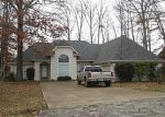 Foreclosed Home in Jackson 38305 BRINDLEWICK DR - Property ID: 3159025125
