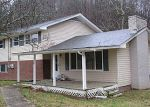 Foreclosed Home in Kingsport 37660 CARTERS VALLEY GDNS - Property ID: 3159053607