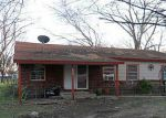 Foreclosed Home in Mansfield 76063 WILLIAMS PL - Property ID: 3159115357