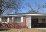 Foreclosed Home in Longview 75604 W GRAND ST - Property ID: 3159496839