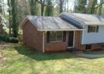 Foreclosed Home in Atlanta 30310 MONTEVISTA ST SW - Property ID: 3184529682