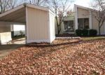 Foreclosed Home in Florissant 63031 GREEN PASTURE DR - Property ID: 3188318587