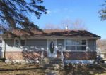 Foreclosed Home in Elgin 60120 EASTVIEW ST - Property ID: 3190608306