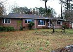 Foreclosed Home in New Bern 28560 9TH ST - Property ID: 3196255560