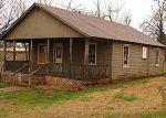 Foreclosed Home in Salem 72576 N PICKREN ST - Property ID: 3196325634