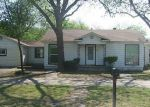 Foreclosed Home in Arlington 76010 CIRCLE DR - Property ID: 3199516713