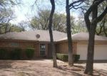 Foreclosed Home in Arlington 76015 BAINWOOD TRL - Property ID: 3201091216