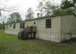 Foreclosed Home in Jacksonville 32218 DEWANNA RD - Property ID: 3202239142