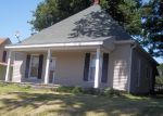 Foreclosed Home in Bedford 47421 OOLITIC RD - Property ID: 3202972769