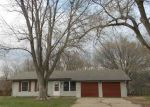 Foreclosed Home in Topeka 66614 SW TWILIGHT DR - Property ID: 3203036263