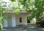 Foreclosed Home in Baton Rouge 70817 POINT AVERY DR - Property ID: 3203174670