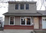 Foreclosed Home in Norwood 19074 E WINONA AVE - Property ID: 3204115885