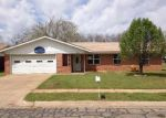 Foreclosed Home in Cleburne 76033 ROBERTS AVE - Property ID: 3204503931