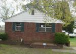 Foreclosed Home in Hampton 23663 OLD BUCKROE RD - Property ID: 3204799552