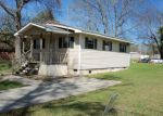 Foreclosed Home in Hartford 36344 N 3RD AVE - Property ID: 3205056646