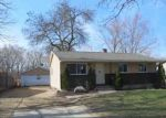 Foreclosed Home in Rockford 61109 GREEN DALE DR - Property ID: 3206642547