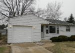 Foreclosed Home in Elgin 60123 HEINE AVE - Property ID: 3206662696