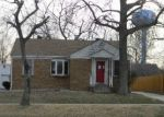 Foreclosed Home in Roxana 62084 N CENTRAL AVE - Property ID: 3206876870