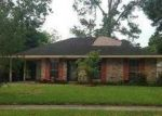 Foreclosed Home in Baton Rouge 70809 MAYFAIR DR - Property ID: 3207692366
