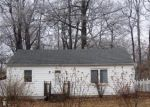 Foreclosed Home in Battle Creek 49015 ROBERTSON AVE - Property ID: 3208079539