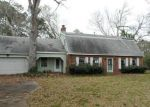 Foreclosed Home in Lake Jackson 77566 SLEEPY HOLLOW DR - Property ID: 3210453355