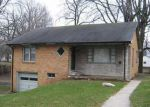 Foreclosed Home in Anderson 46012 E VINYARD ST - Property ID: 3210631163